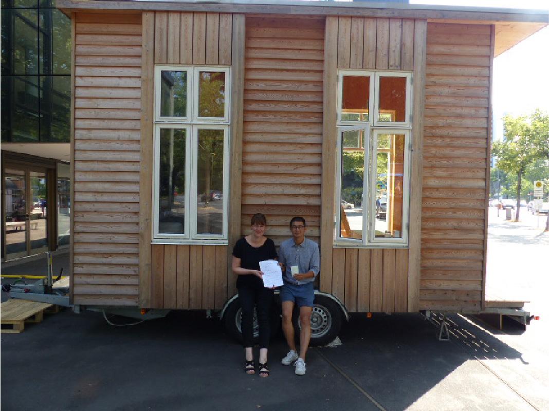hilfswerk siedlung schenkt tiny house an tinyhouse university hws. Black Bedroom Furniture Sets. Home Design Ideas
